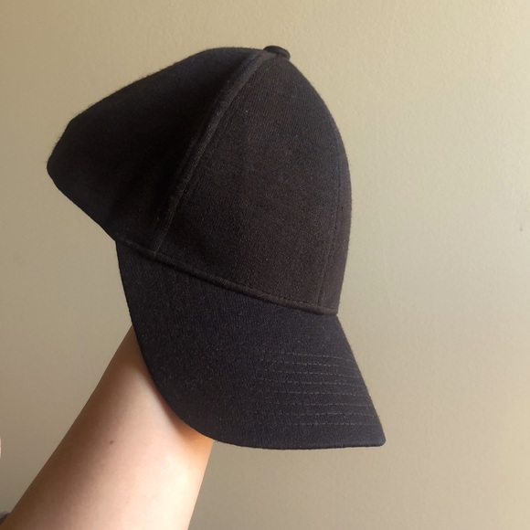 Aritzia black baseball cap